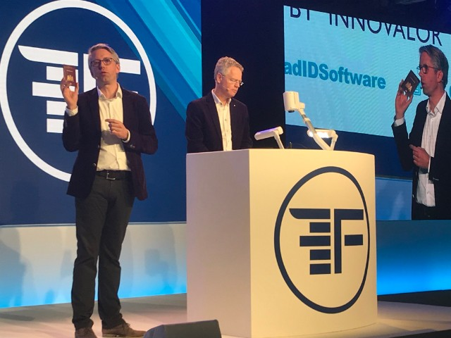 20190213---ReadID-demo-at-Finovate-Europe-2019---on-stage.jpg